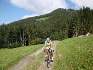Jean Pierre ETIENNE, cyclotouriste des temps modernes !