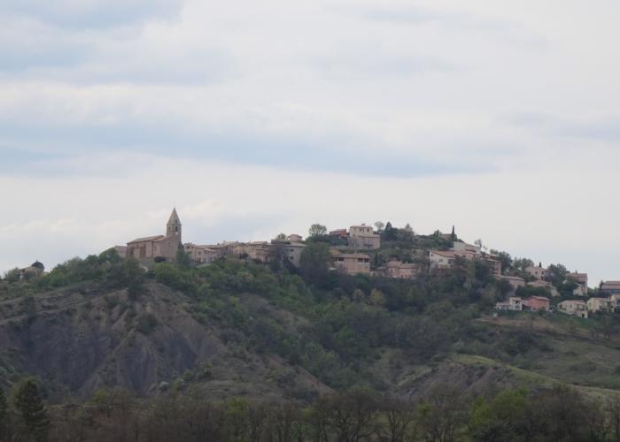 4 le village d'UPAIX