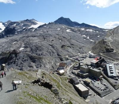 le Stelvio, une ville en haute montagne totalement inaccessible pendant 6 mois d'hiver